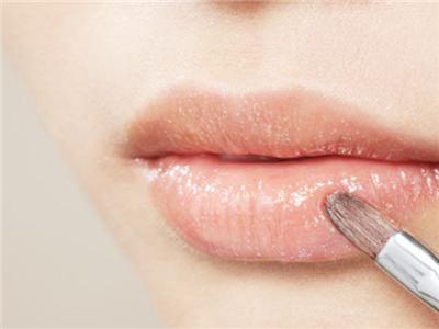 女人该如何打造性感双唇
