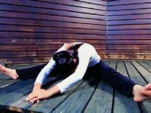 6个减肥瑜伽姿势 让你瘦全身