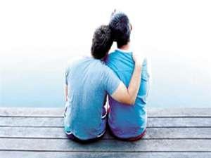 青少年为何会出现同性依恋心理