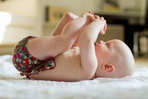 婴儿如何晒太阳 应注意什么