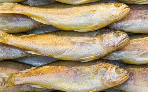 黄花鱼的家常做法有哪些 如何做黄花鱼 怎样做黄花鱼