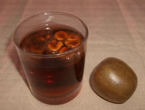 罗汉果泡水喝有什么功效