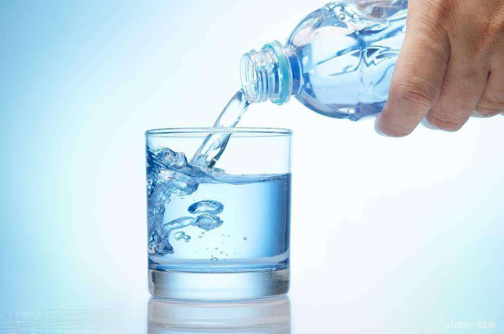 纯净水不能长期饮用有什么危害?