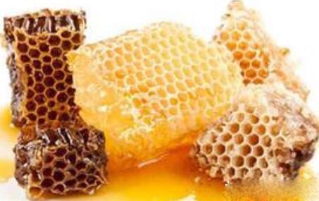 蜂蜜治疗口腔溃疡的方法