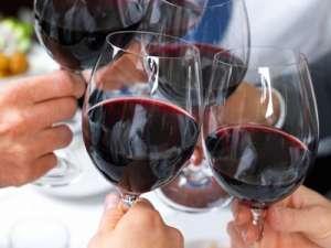 为什么喝酒会脸红?什么原因引起?