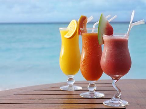 女性性生活后喝杯果汁能快速恢复体力