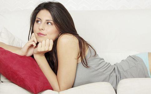 女性阴毛特别多是怎么回事?